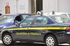 guardia di finanza auto 2