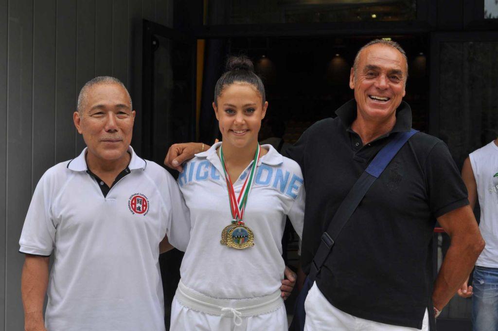 Giulia Olivi con Il M° Ishimi a sx e Riccardo Salvatori