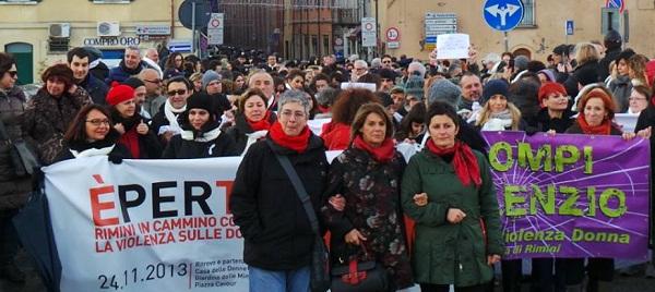 donne_violenzarimini2013-2