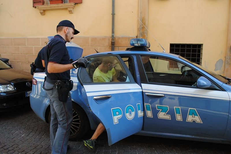 furti-risse-notte-rimini-polizia