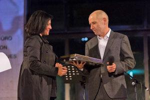 Il sindaco Renata Tosi premia Vitaliano Trevisan