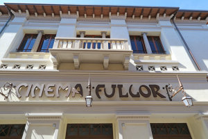 Rimini, la facciata del Fulgor restaurata