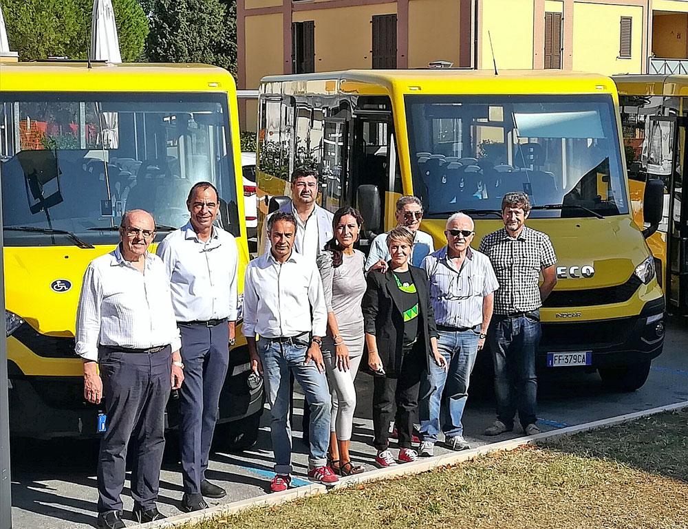 San giovanni in marignano scuola nuovo trasporto scolastico - Autobus prima porta ...