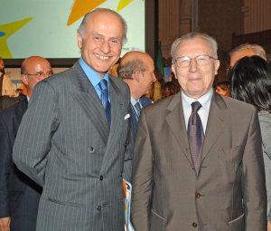 Guido Girelli con Jacques Delors
