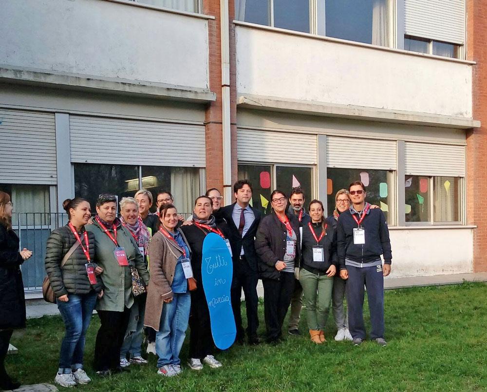 Rimini scuola flavia casadei i genitori curano spazi for Scuola arredatore d interni