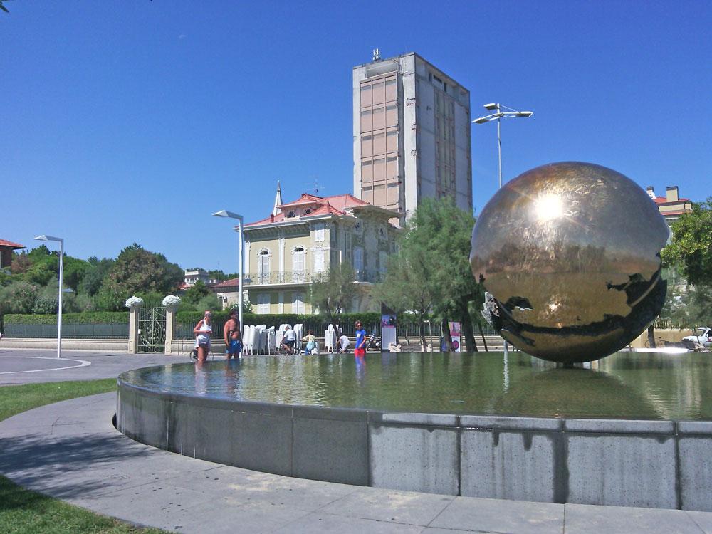 Pesaro. Piazza della Libertà